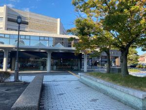 島根県民会館入口